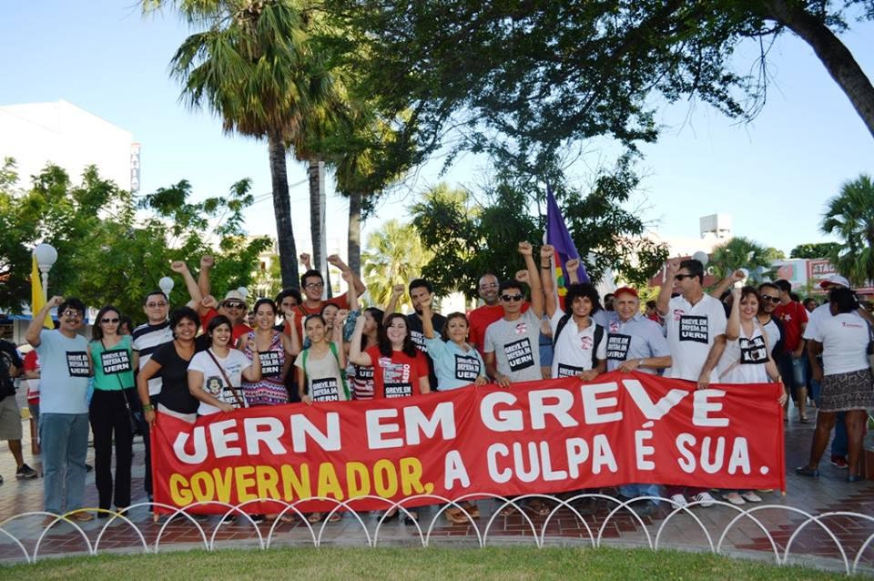 Greve na UERN bate recorde; professores ainda aguardam posicionamento do Governo