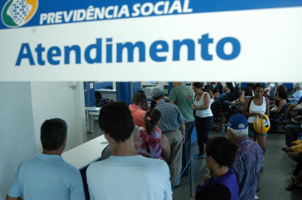 Primeira parcela do 13º de aposentados e pensionistas será paga em agosto