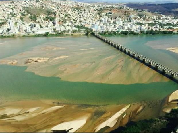 Principal rio do Espírito Santo chega a 10 centímetros em cidade