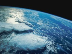 ocean_clouds_outer_space_sea_planets_earth_orbit_1024x768_wallpaper_Wallpaper_2560x1920_www.wall321.com_