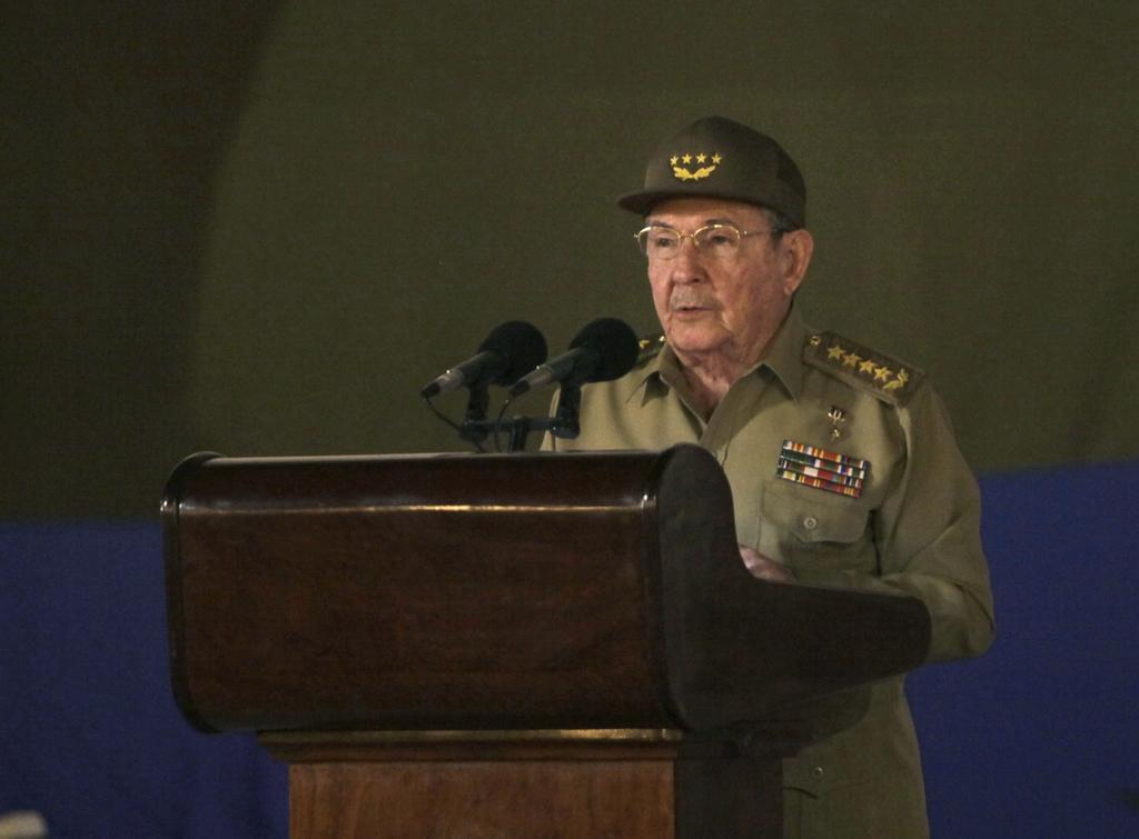 Raúl Castro é reeleito líder do Partido Comunista de Cuba