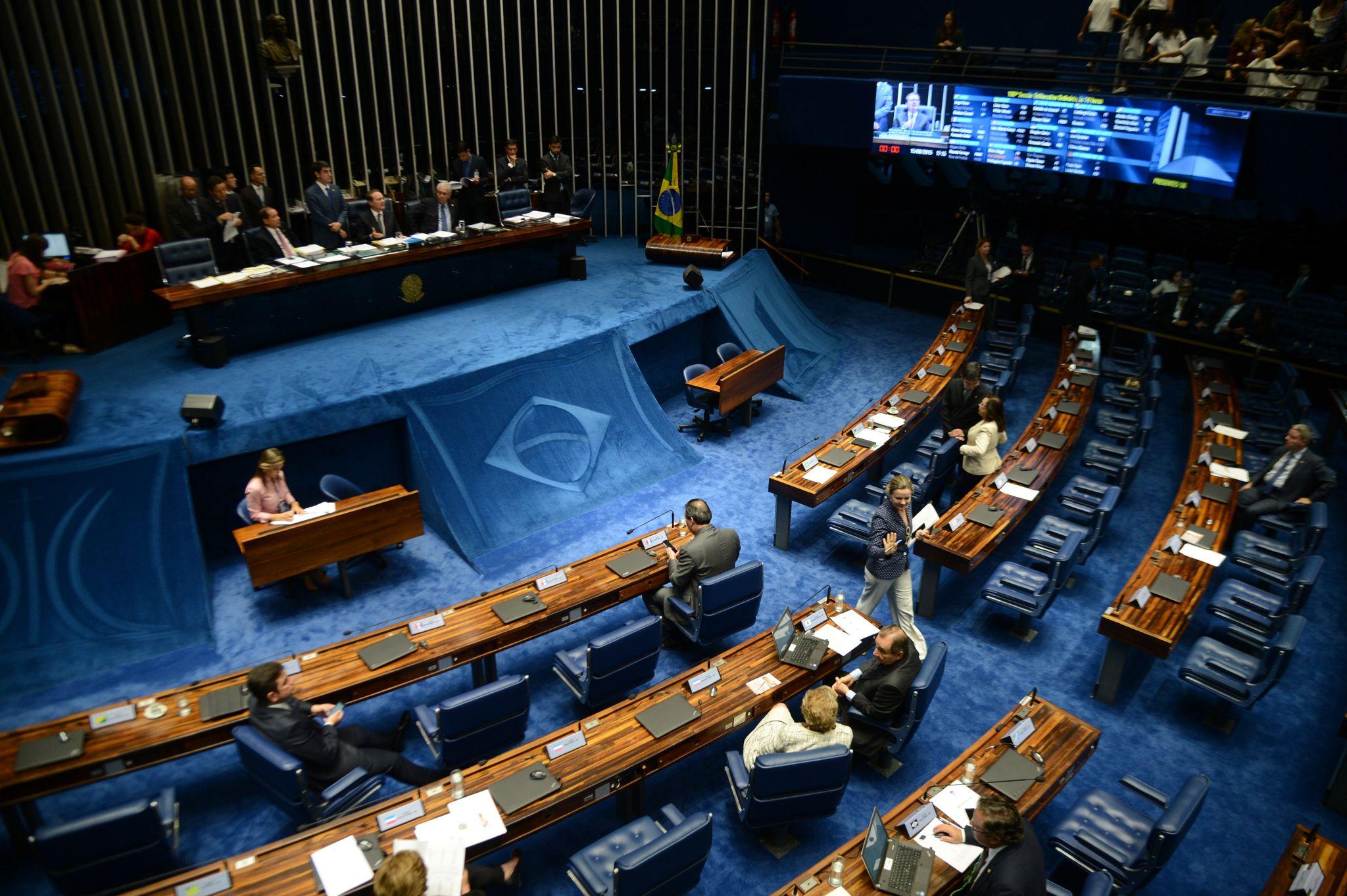 Senado aprova projeto que facilita contratações em convênios do governo