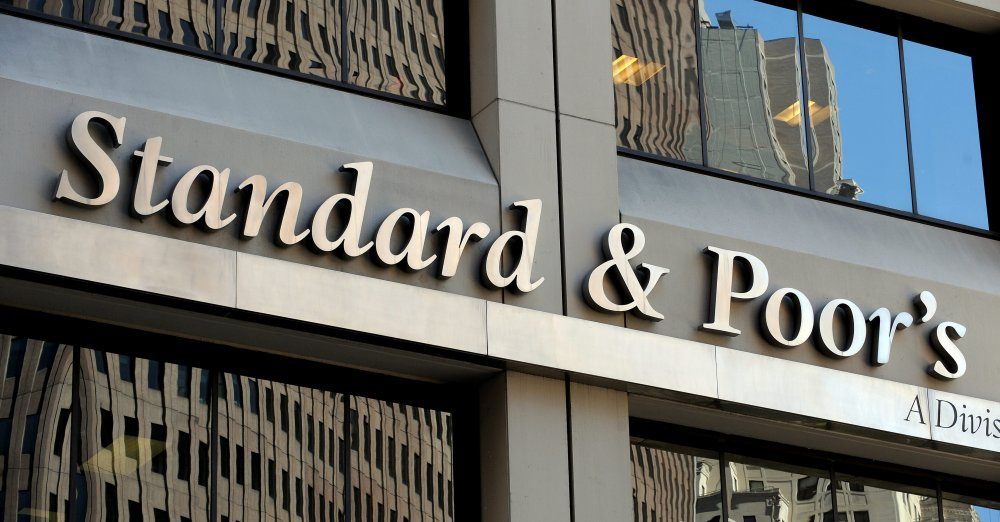 Standard & Poor's retira grau de investimento do Brasil