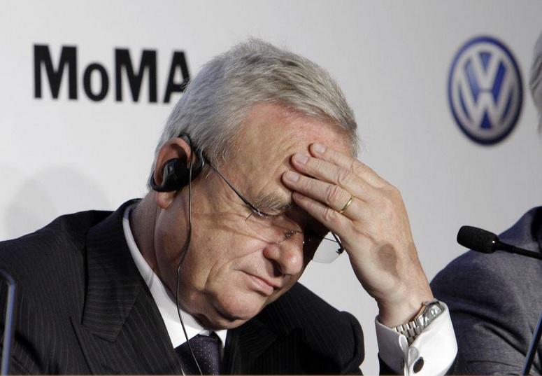 Após escândalo, CEO da Volkswagen deixa cargo