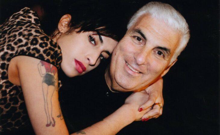 Pai de Amy Winehouse fará show em Natal no próximo mês
