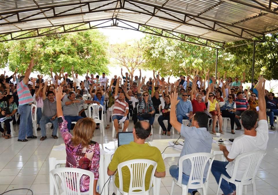 Docentes da UERN rejeitam proposta do Governo e mantêm greve