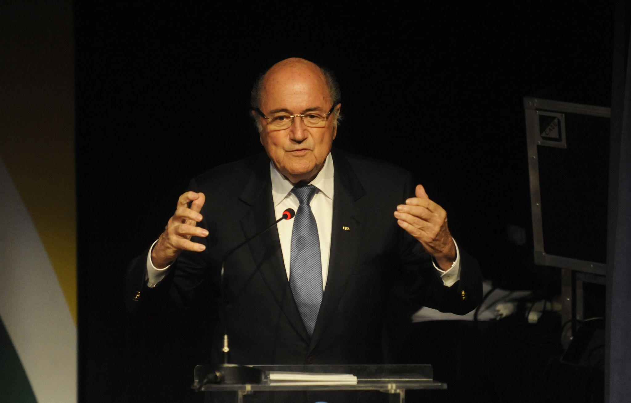 Fifa suspende Blatter e Valcke por 90 dias