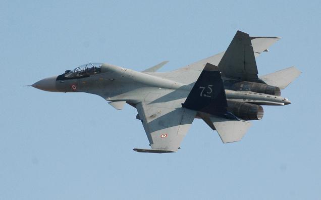 Caça militar russo viola espaço aéreo da Turquia