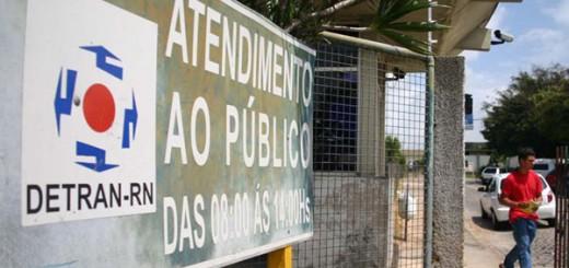Detran/RN alerta sobre falsas cobranças e avisos