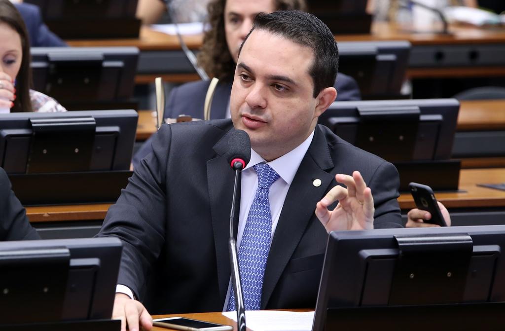 CCJ da Câmara aprova projeto que proíbe venda de meios abortivos