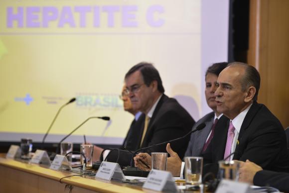 Novos medicamentos para hepatite C começam a ser distribuídos em novembro