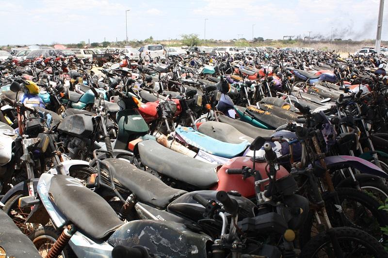 160 mil veículos já foram fiscalizados e mais de seis mil apreendidos pelo CPRE