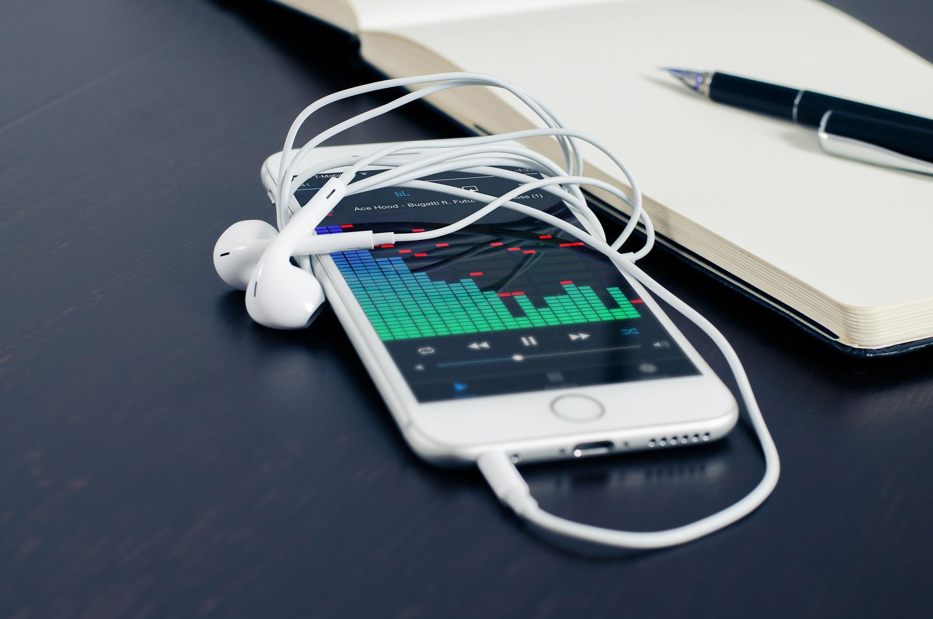 Na reta final para o Enem, ouvir música pode ajudar a relaxar