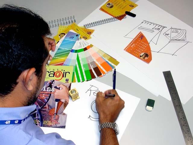 Aprovado projeto que regulamenta profissão de designer