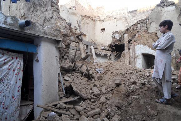 Terremoto mata mais de 145 no Afeganistão e Paquistão