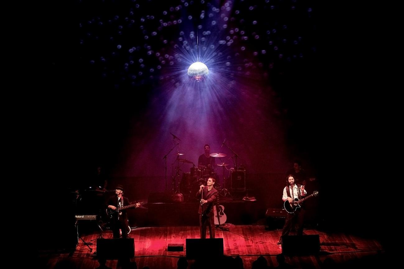 Tributo aos Bee Gees volta ao Brasil como novo show em novembro