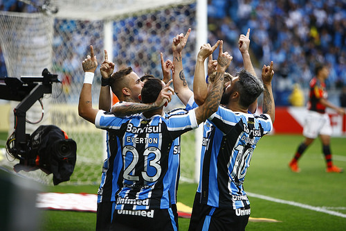 Grêmio vence o Flamengo e fica cada vez mais perto da Libertadores