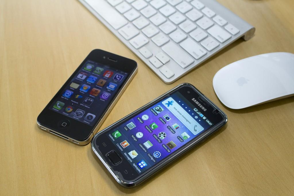 Transações bancárias via celulares e tablets crescem 138% em um ano
