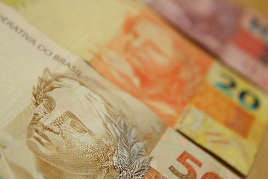 Contas do governo registra em outubro maior déficit primário da história