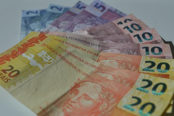 Projeção de instituições financeiras para inflação sobe para 7,23% este ano