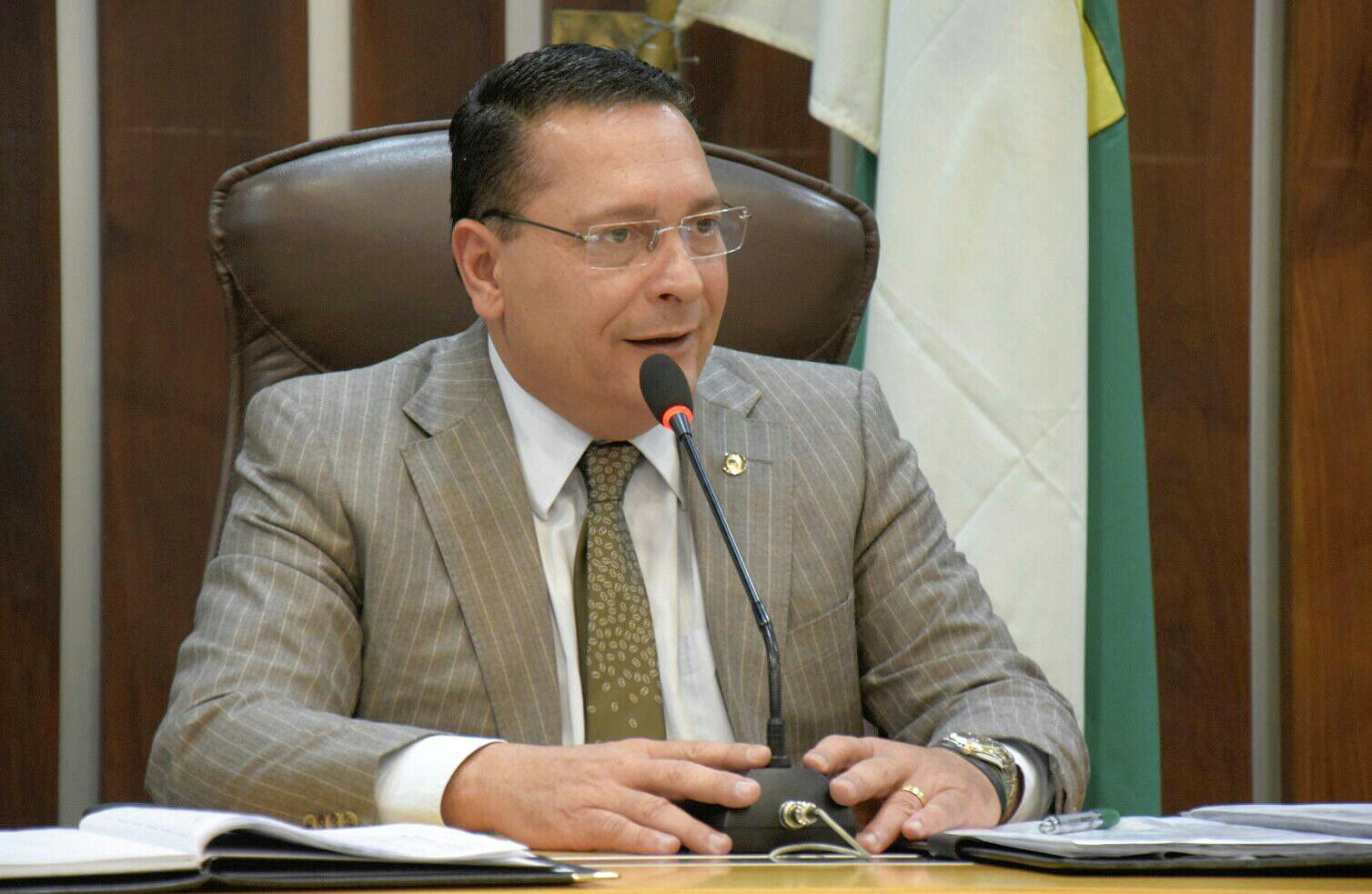 Ministério Público apura prática de nepotismo na Assembleia Legislativa