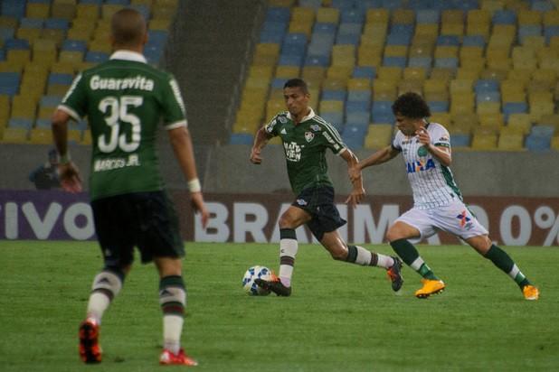 De virada, Chapecoense vence o Fluminense no Maracanã