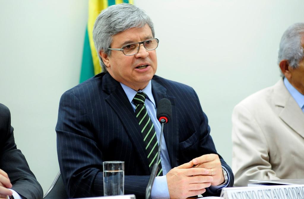 Presidente do Coaf diz ser contra regulamentação de moedas virtuais