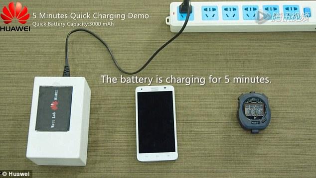 Nova bateria promete ser carregada dez vezes mais rápido