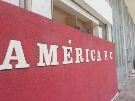 """América emite nota de esclarecimento e desiste de contratar """"Di Martín"""""""