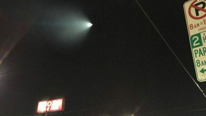 Míssil é confundido com OVNI e assusta americanos