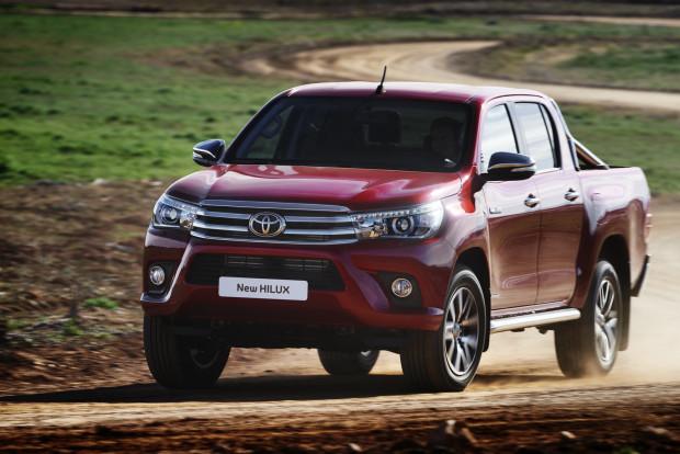 Nova Toyota Hilux 2016 terá preços entre R$ 166 mil e R$ 193 mil