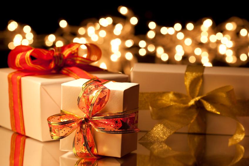 Por que as pessoas trocam presentes no dia de Natal?