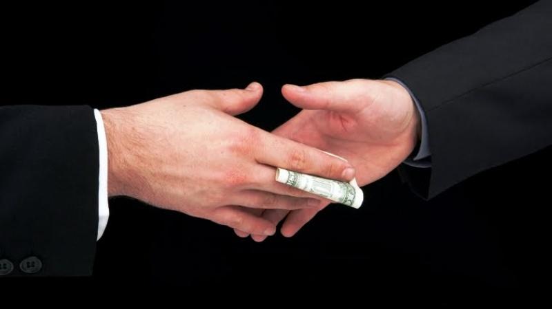 Ministério Público denuncia fiscal da Aneel por receber propina