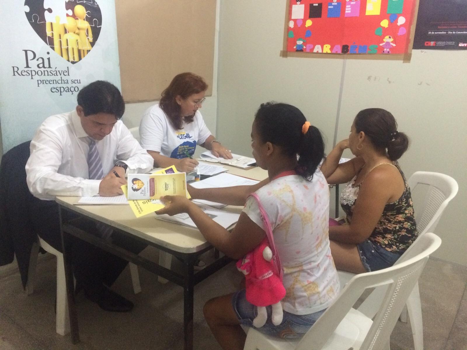 'Registrar é legal' promove ação jurídica e social no bairro do Bom Pastor