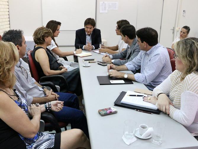 Governo do RN discute reestruturação das Centrais do Cidadão