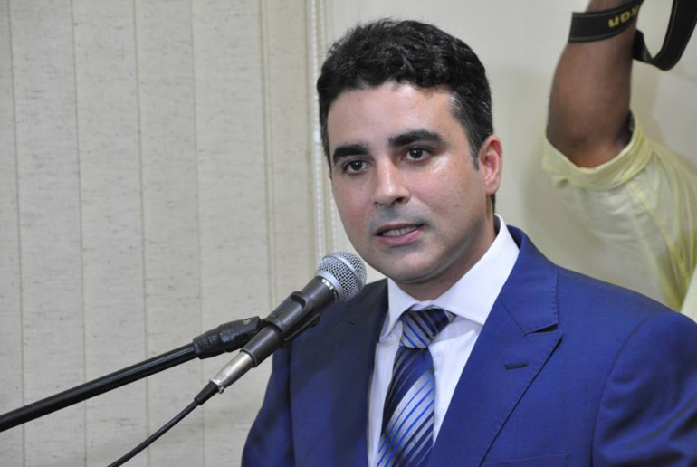 Prefeito de Mossoró é denunciado por desvio de recursos