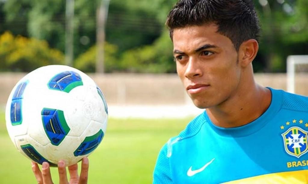 América contrata zagueiro que já passou pelas bases da seleção brasileira