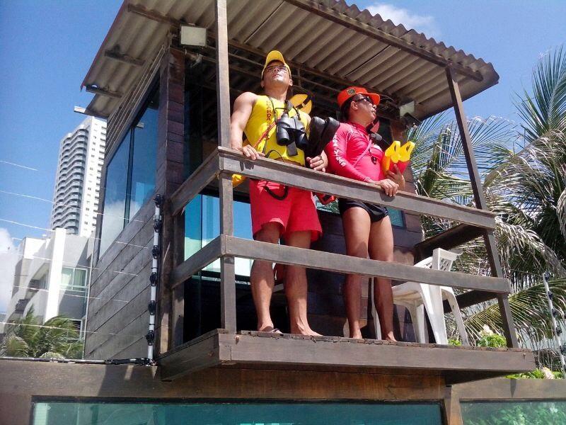 Bombeiros realizam 205 salvamentos aquáticos no litoral potiguar em 2015