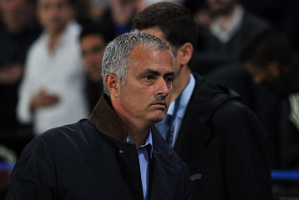 Com temporada ruim, Chelsea demite técnico José Mourinho