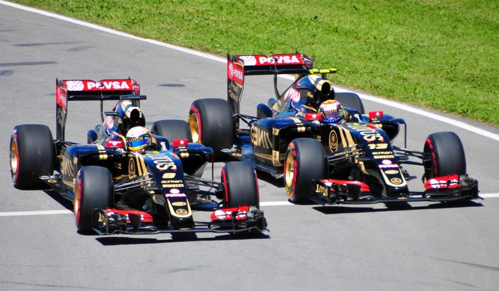 Renault comprou 90% da equipe Lotus por apenas 1 libra