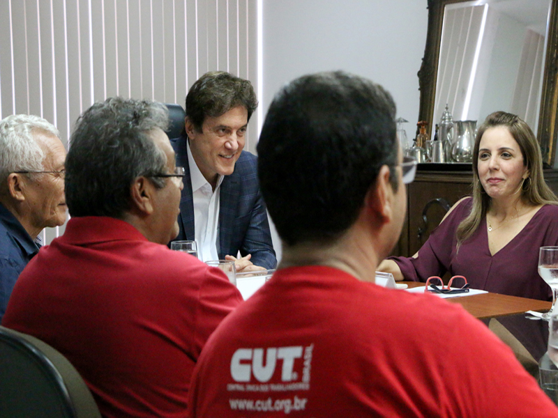 Governo e Sintro-RN discutem segurança no transporte público