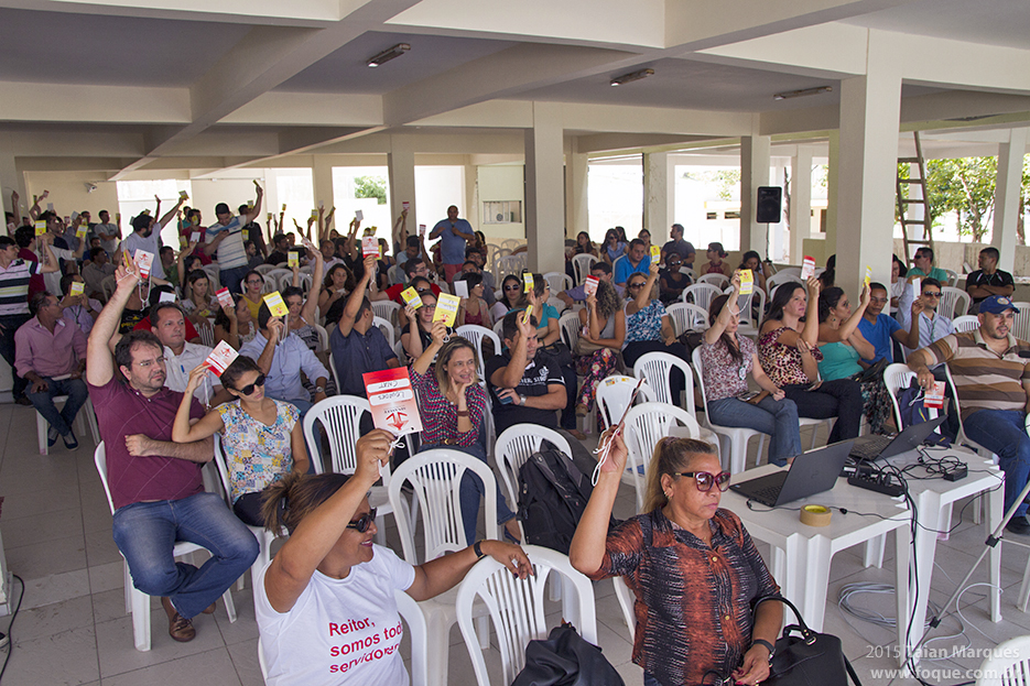 Em Assembleia, categoria decide por encerramento da greve no IFRN