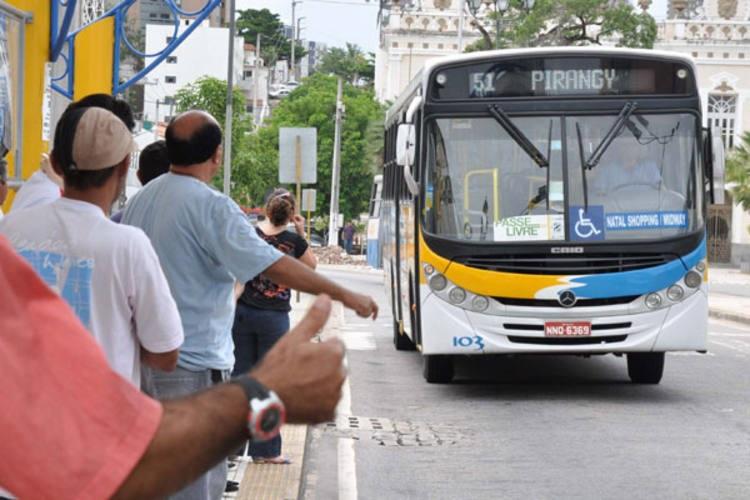 Após acordo com Seturn, rodoviários encerram greve de ônibus em Natal