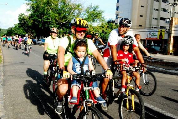 Passeio ciclístico reúne potiguares na Praia do Meio neste domingo (20)