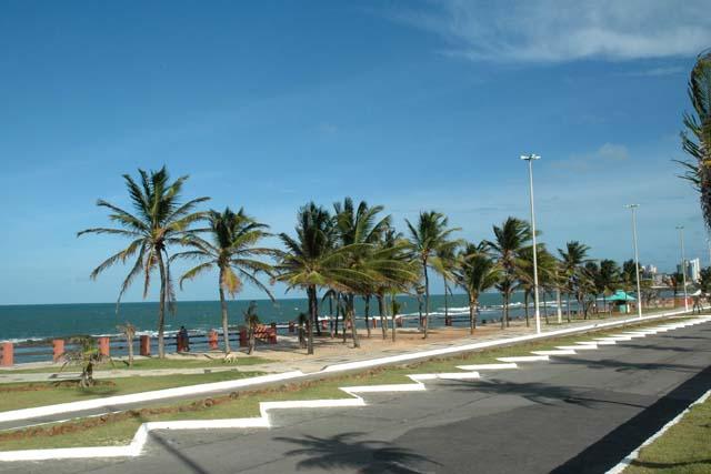 """Projeto """"Nossa Orla"""" vai levar esporte, saúde e lazer para Praia do Meio"""
