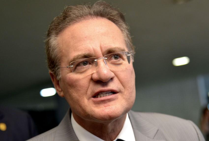 Artistas e intelectuais entregam a Renan Calheiros carta contra o impeachment