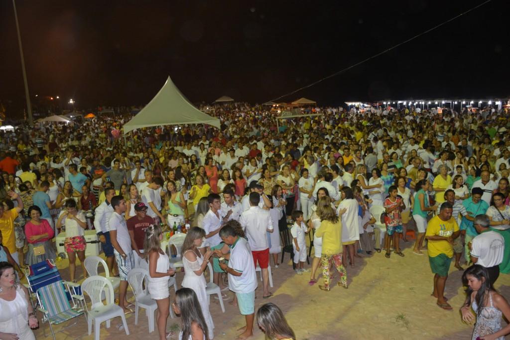 Réveillon 2016 terá missa e shows em Pirangi Praia