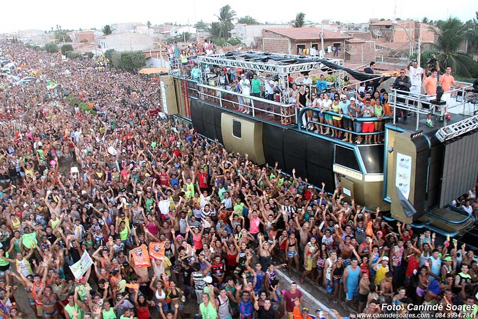 Devido crise econômica e seca, carnaval de Macau/RN é cancelado