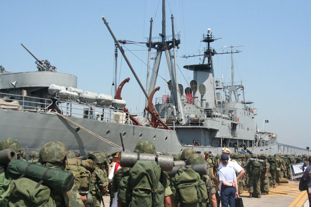 Marinha abre concurso com 1300 vagas para Fuzileiro Naval