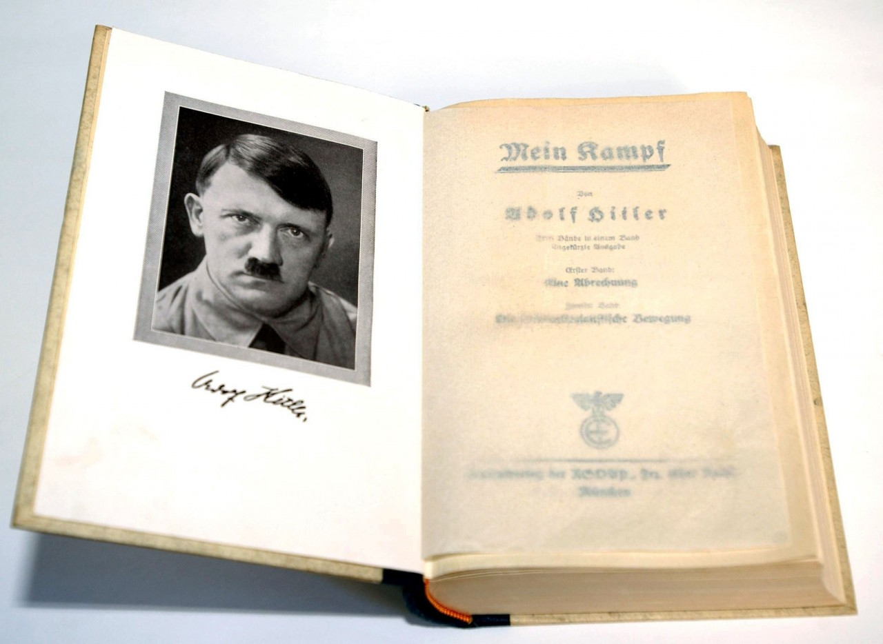 Para professora, relançamento da obra de Hitler pode impulsionar extrema direita